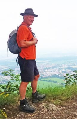 Wanderleiter-Marc-Schauecker-auf-dem-Hörnle.jpg
